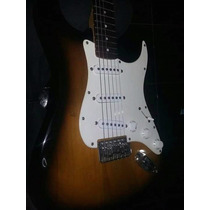 Guitarra Squier Strat Affinity Indonesia